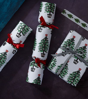 Royal Academy Christmas Decorations & Gift Wrap